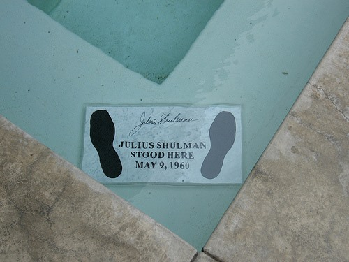 this is inside the pool of the stahl house where julius shulman stood to take the image that the  house became famous for