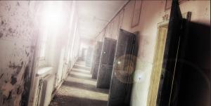 Reagan - Studio Corridor