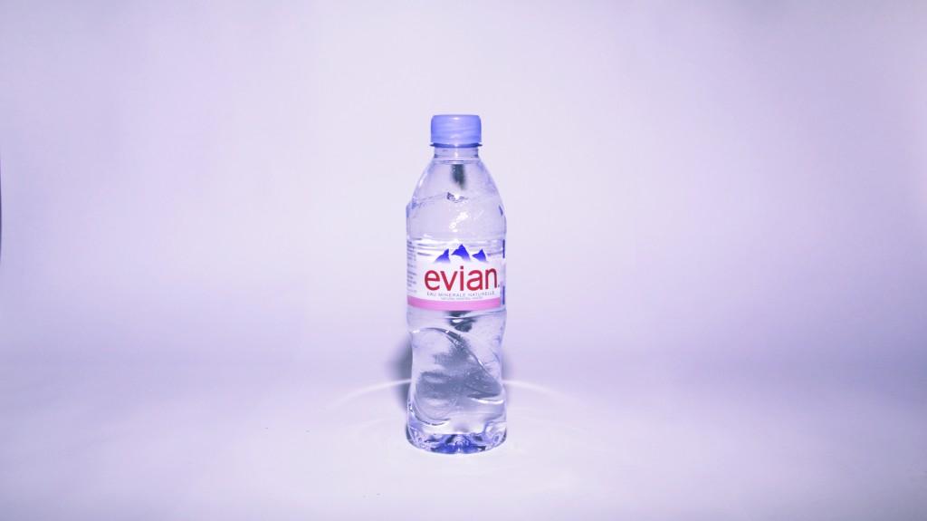 00_Evian